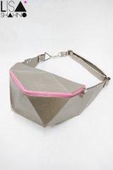 【LISA SHAHNO】 ポリイアモンドウエストバッグ