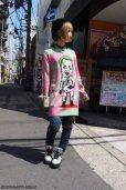 """画像9: 【野性爆弾・くっきー × ZIG UR IDOL】 """"カミカゼクニコ"""" フルプリントニット (9)"""